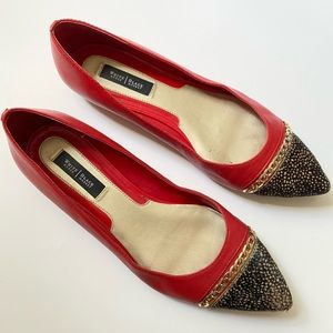 WHBM Red Flats Sz 8.5 Leather Gold Chain-Faux fur